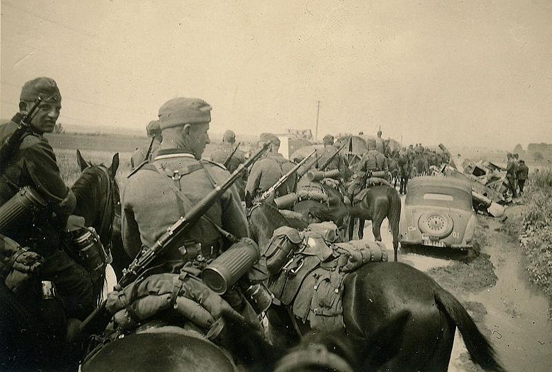 Tyskt infanteri på väg österut