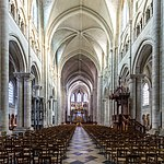 Interior of Cathedrale Saint-Etienne de Sens-6974.jpg