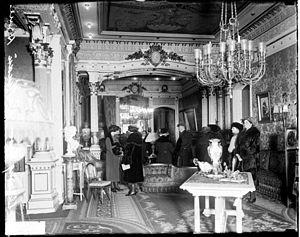 Prairie Avenue - Interior of Pullman Residence (1922)