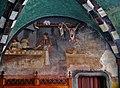Issogne Castello d'Issogne Innenhof Fresken 07.jpg