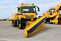 JASDF snow plow track(UD Quon, 47-8559) right front view at Komatsu Air Base September 17, 2018 02.jpg