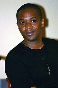 J August Richards Tampa SlayerCon 2004 1.jpg
