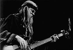 Jack Casady Jefferson Airplane 1972.JPG