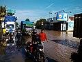 Jalur Pantura di Kraton, Pasuruan saat banjir (kali welang meluap 5 Pebruari 2015) - panoramio.jpg