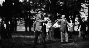 James Hepburn (golfer) - Image: James Hepburn, J. H. Taylor, Harry Vardon at National Golf Links, c. 1915