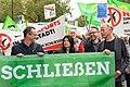 Jasmin Tabatabai, Prof. Steffen Prowe und Jürgen Trettin bei der Demo für die Schließung Tegels (49064684253).jpg