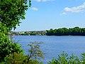 Jezioro Sępoleńskie w oddali zabudowania miasta. - panoramio.jpg