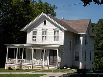 Bridge Avenue Historic District - John B. Carmichael House