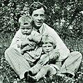 Julian Huxley and 2 sons.jpg