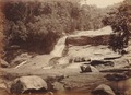 KITLV 92130 - Unknown - Waterfall at Coonoor in India - Around 1870.tif