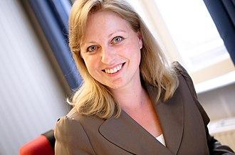 Karin Straus - Karin Straus