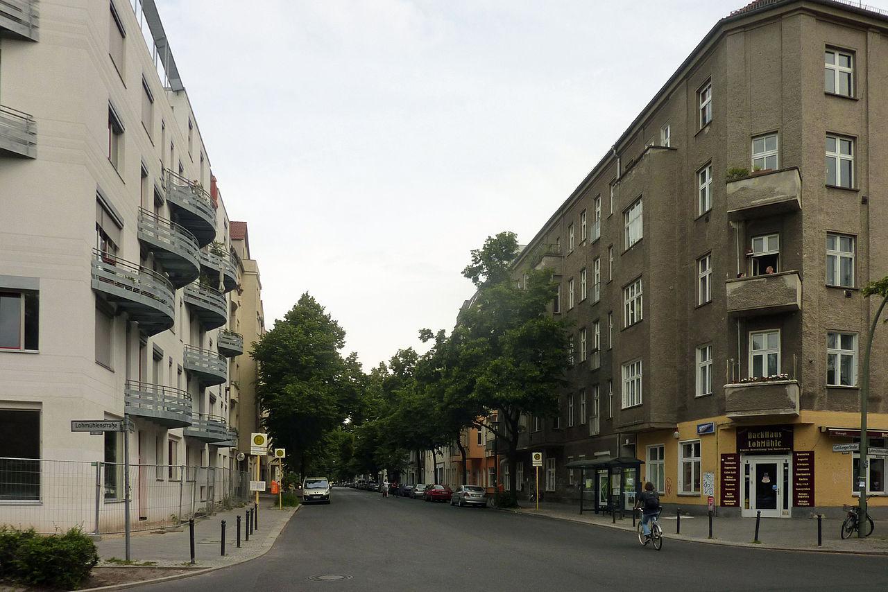 file karl kunger stra e berlin alt treptow 442 wikimedia commons. Black Bedroom Furniture Sets. Home Design Ideas