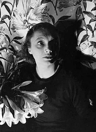 Ralph Richardson - Katharine Cornell, leading lady in Richardson's Broadway debut