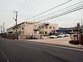 Keisei Bus Shin-toshin Dept Shibazono Main gate.jpg