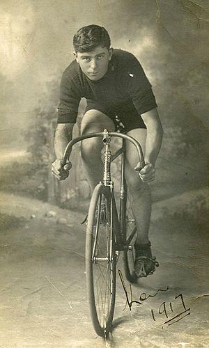 Ken Ross (cyclist) - Image: Ken Ross 685h(1)