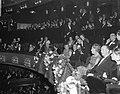 Koningin Juliana en prins Bernhard zijn onder de aanwezigen bij de première van , Bestanddeelnr 919-7294.jpg