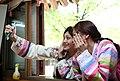 Korea Hanbok Experience 03 (8028304028).jpg