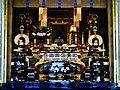 Kyoto Nishi Hongan-ji Gründerhalle Innen Altar 4.jpg
