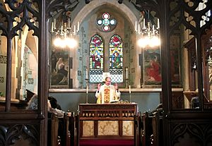 Christ Church, Southgate - Image: Lady Chapel, Christ Church Southgate