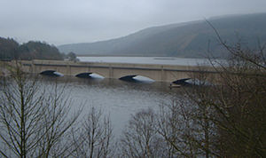 Ladybower Reservoir - The Ladybower Viaduct which carries the A6013 road to Bamford