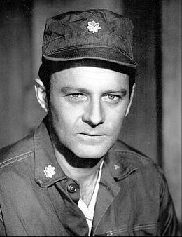 Larry Linville Major Frank Burns MASH 1972.JPG