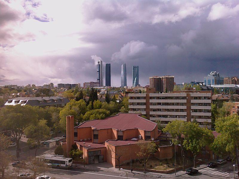 File:Las Cuatro Torres - panoramio.jpg