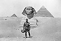 Lieutenant Colonel Arthur C. Devereux in front of pyramids Wellcome L0024166.jpg