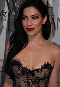 Origliasso at the Snow White and the Huntsman film premiere in Sydney, 2012