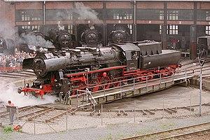 Bahnbetriebswerk (steam locomotives) - A DRG Class 52 on the turntable