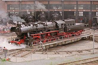 DR Class 52.80 - Image: Locomotive BR52 8177 9