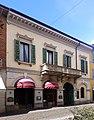 Lodi - edificio corso Vittorio Emanuele II 12 - facciata.jpg