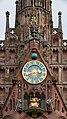 MK40639 Kunstuhr Frauenkirche (Nürnberg).jpg