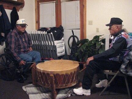 Mac silverhorn drumming