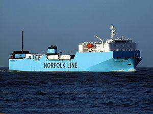 Maersk Exporter IMO 9121625.JPG