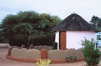 Rondavel - Image: Mahalapye traditional house cropped