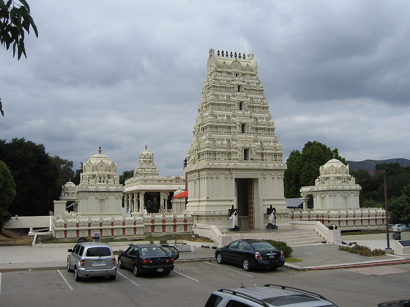 Sri Venkateswara, Malibu Hindu Temple 800px-Malibu_Hindu_Temple_12