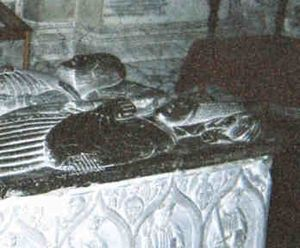 Margaret FitzGerald, Countess of Ormond - Effigies of Margaret FitzGerald (in the foreground) and Piers Butler on their tomb inside St Canice's Cathedral, Kilkenny