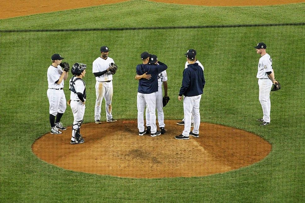 Mariano Rivera Exit Sandman hugging Jeter
