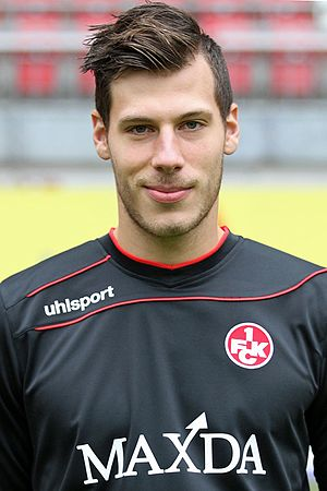 Marius Müller (footballer, born 1993) - Müller with Kaiserslautern in 2015