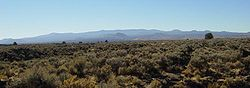 Medicine Lake Volcano from Captain Jack's Stronghold in Lava Beds NM-750px.JPG