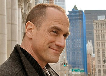 English: Christopher Meloni near the Civic Cen...