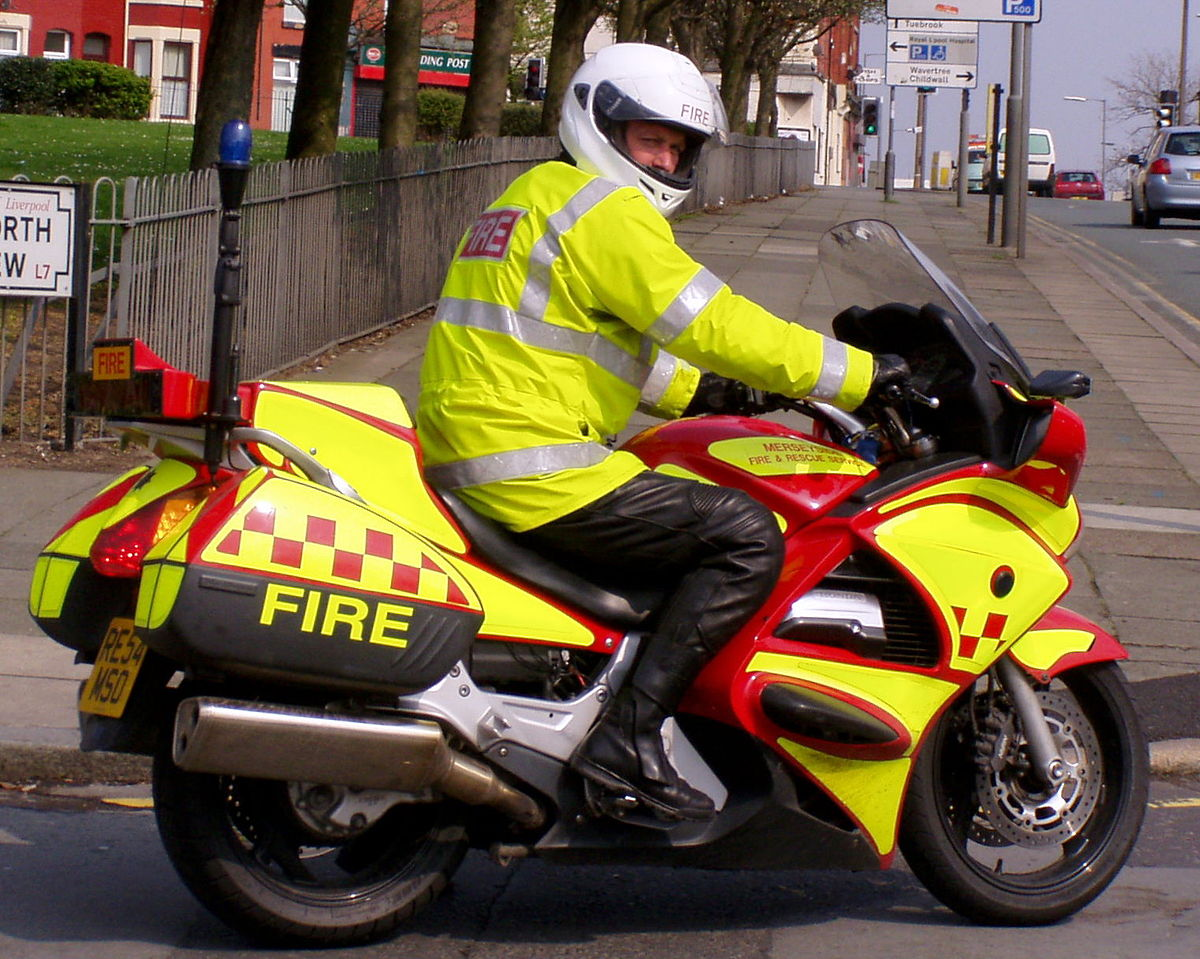 1200px-Merseyside_Fire_and_Rescue_Motorbike.jpg