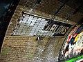 Metro Paris - Ligne 1 - station Les Sablons 03.jpg