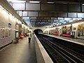 Metro de Paris - Ligne 2 - Rome 01.jpg