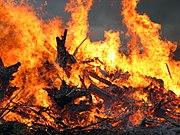 """A Juhannus bonfire (""""kokko"""") in Mäntsälä"""