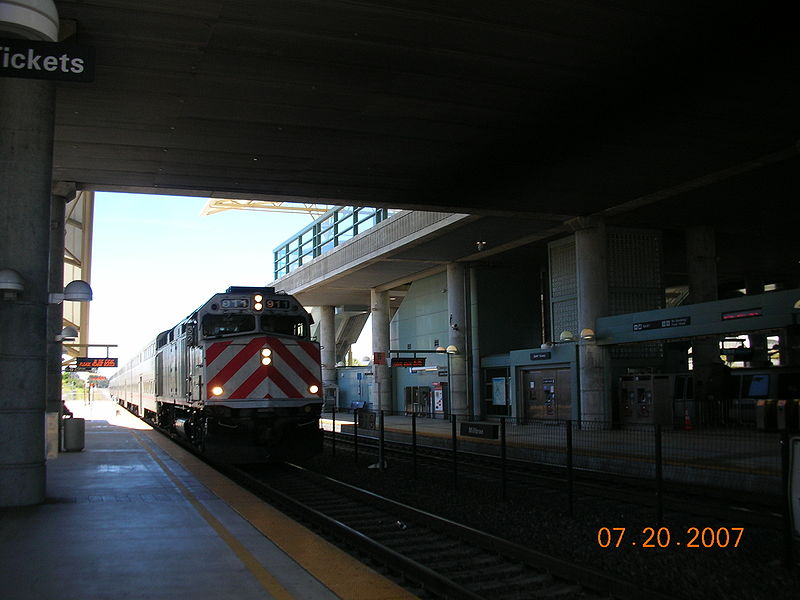 File:Millbrae station caltrain side.jpg