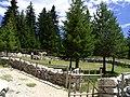 Modlitebni prostor cestou z Blidinje na Ramsko jezero.jpg