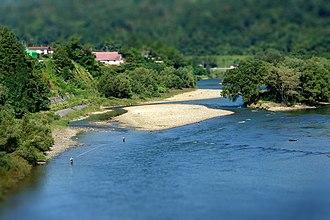 Mogami River - Image: Mogami river in Sagae 2006
