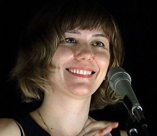 Molly Tuttle Singer