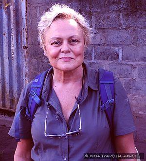 Robin, Muriel (1955-)